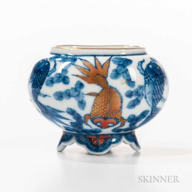 Blue and White Water Coupe, China, small oval vessel decorated with goldfish, some highlighted with red enamels and gilt details, six-character Jiaqing mark on base, lg. 2 1/4 in.